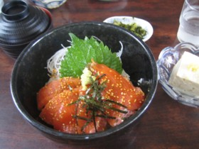 信州サーモン丼