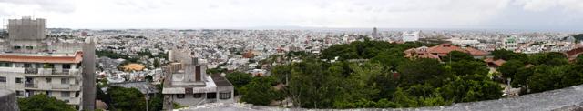 沖縄・首里城からの眺め