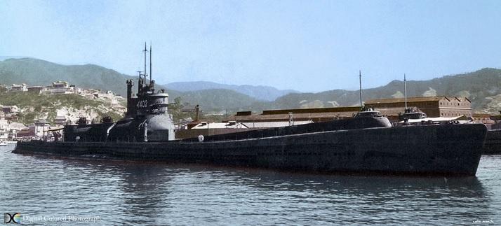 2013-12-7伊400潜水艦写真