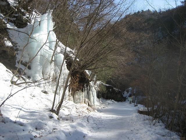20140205横谷峡の氷瀑deji (4)