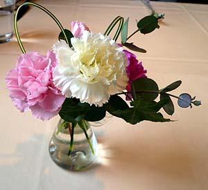 テ-ブル花