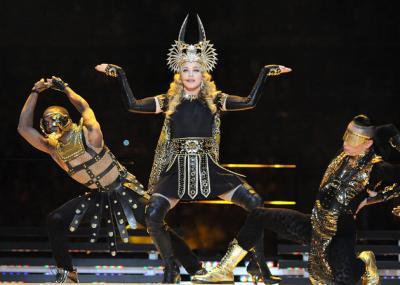 Madonna_Superbowl_01