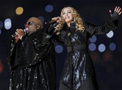Madonna_Superbowl_03