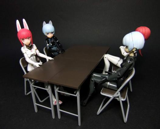 部室の机と椅子5