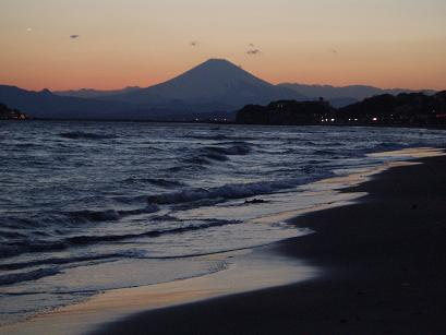 黄昏と富士山