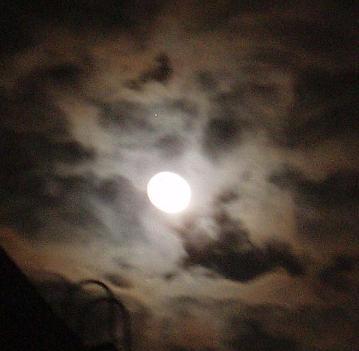 19日の満月
