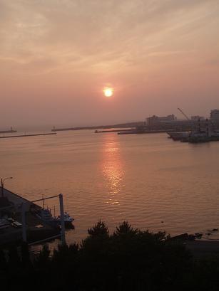 港町の夕陽