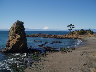 立石と富士山