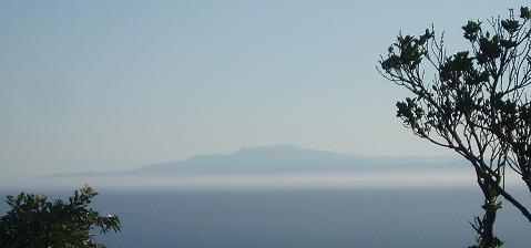 雲の上の島
