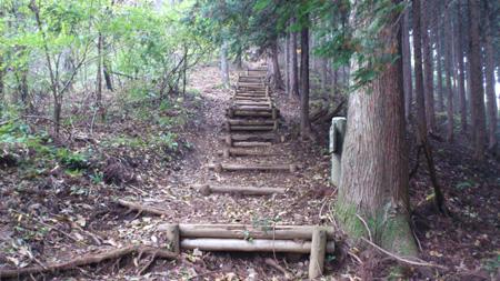 登山道(階段)