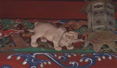 飯縄大権現堂の白象