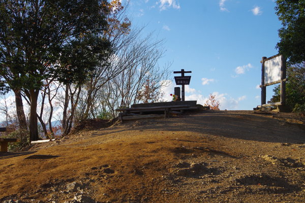多峯主山(山頂)