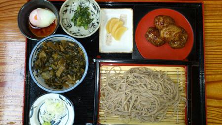 しゃくし菜丼ざるそばセットと中津川芋