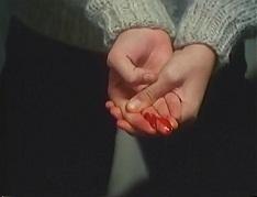 ダーク 手を怪我