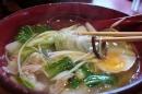 麺は春雨麺.