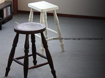 stool-a.jpg