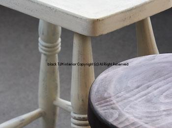 stool-b.jpg