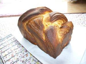デニッシュ食パン.jpg