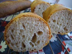 フランスパン穴.jpg