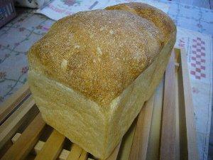 クルミ食パン.jpg