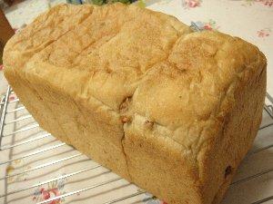 くるみ食パン.jpg