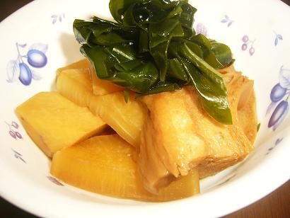 里芋と麩の煮物