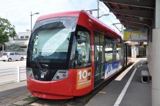 2011年8月19日 万葉線 高岡駅前 MLRV1000形 1004AB