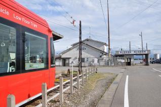 2011年8月19日 万葉線 越ノ潟 MLRV1000形 1006AB