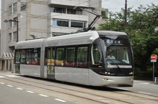 2011年8月20日 富山地方鉄道市内電車 桜橋~電気ビル前 9000形9002AB