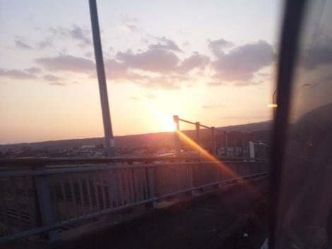 介護老人保健施設あいの郷へ母の見舞いに行く時の綺麗な夕日を写メしました