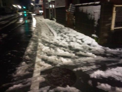 2週連続大雪の静岡県東部の状況を2014.2.14深夜に撮りました