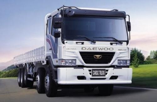 大型トラックの写真を大宇-nb24463