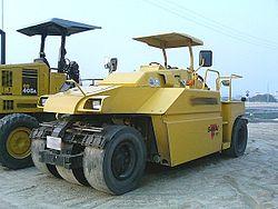 TZ701(タイヤ式ローラー)