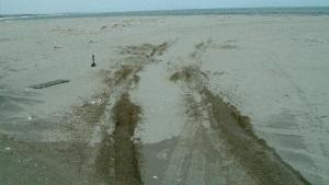砂地でスタックした場合