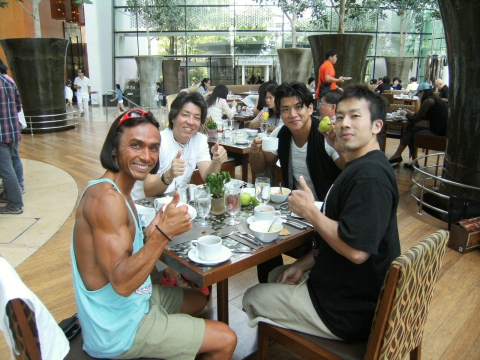SINGAPORE3 255(1)