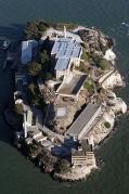 220px-Alcatraz_aerial.jpg
