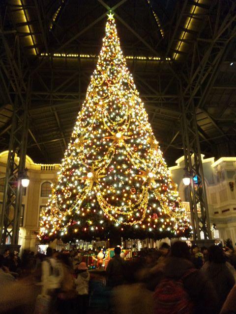 巨大クリスマスツリー♪