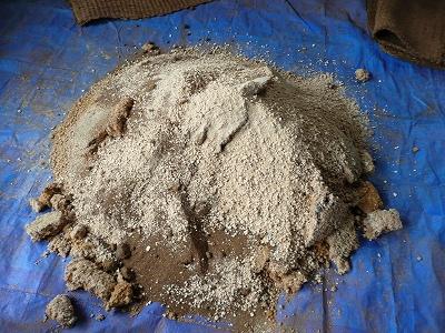 二次発酵用の材料をぶちまける