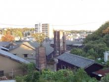 16:11 煙突のある風景