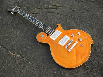 オレンジエレキギター