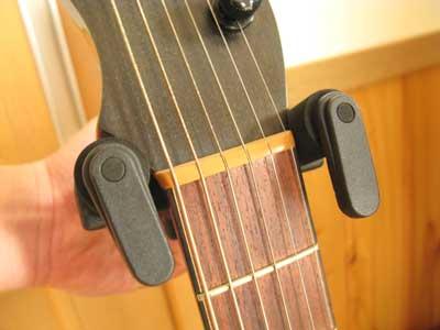 guitar-hanger-03.jpg