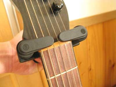 guitar-hanger-04.jpg