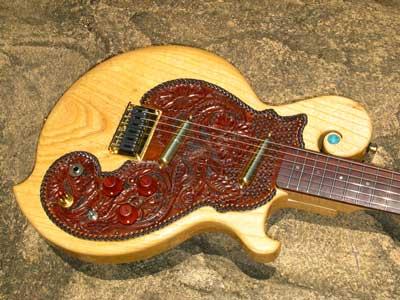 レザークラフト・ギター