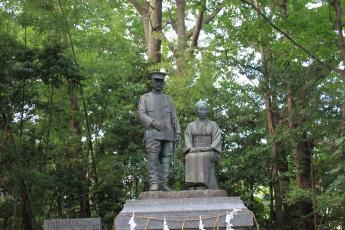 乃木大将夫婦の像
