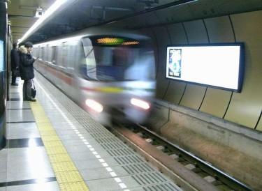 六本木駅007
