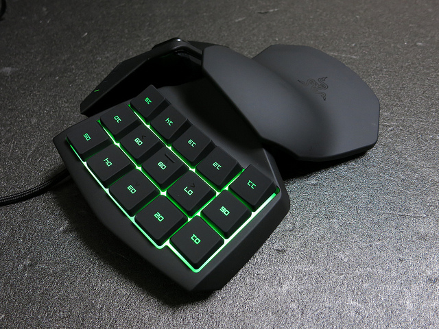 Razer_Tartarus_Review_12.jpg