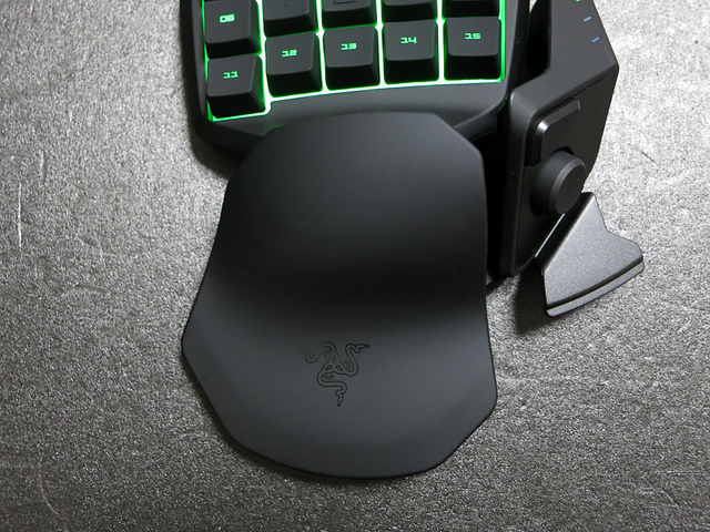 Razer_Tartarus_Review_22.jpg