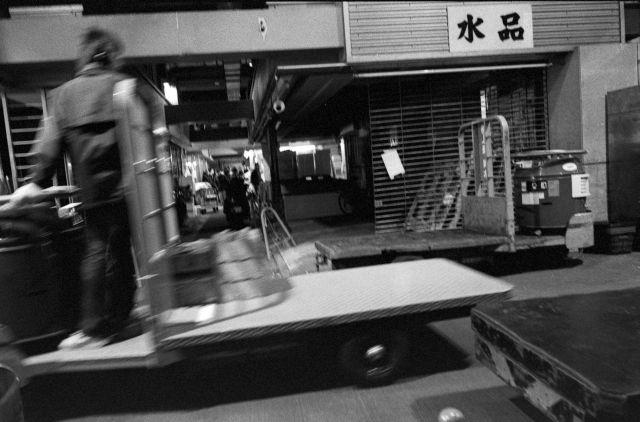 年の瀬大田市場01g