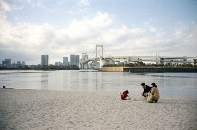 浜辺のひととき01b