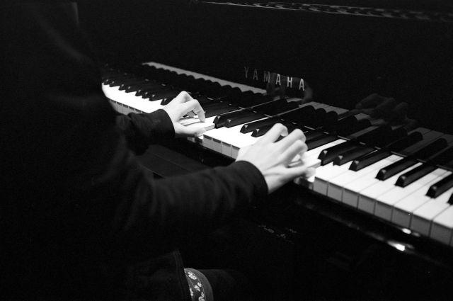 Piano01a